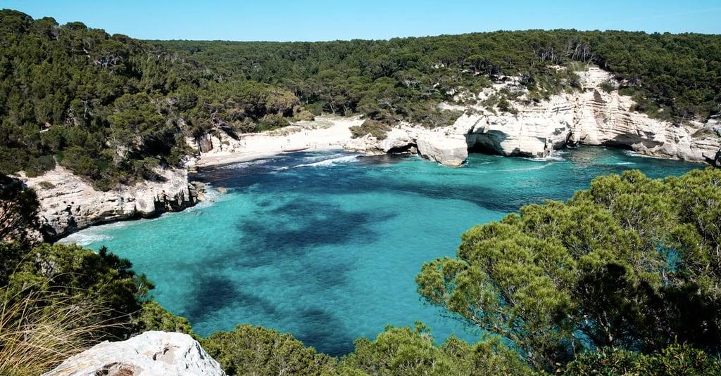 5 plages cachées à découvrir à Minorque